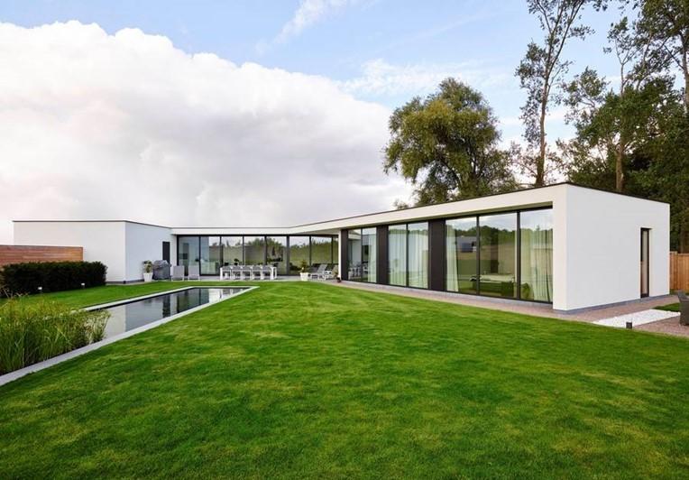 Woningbouw lapeirre nieuwbouw renovatie en ecologisch for Moderne strakke huizen